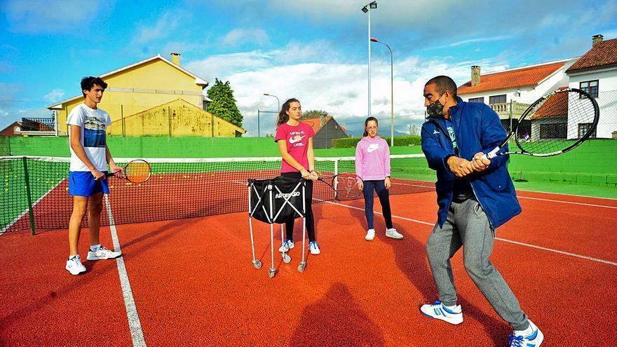 La paralización del deporte base amenaza la viabilidad de decenas de clubes en la comarca