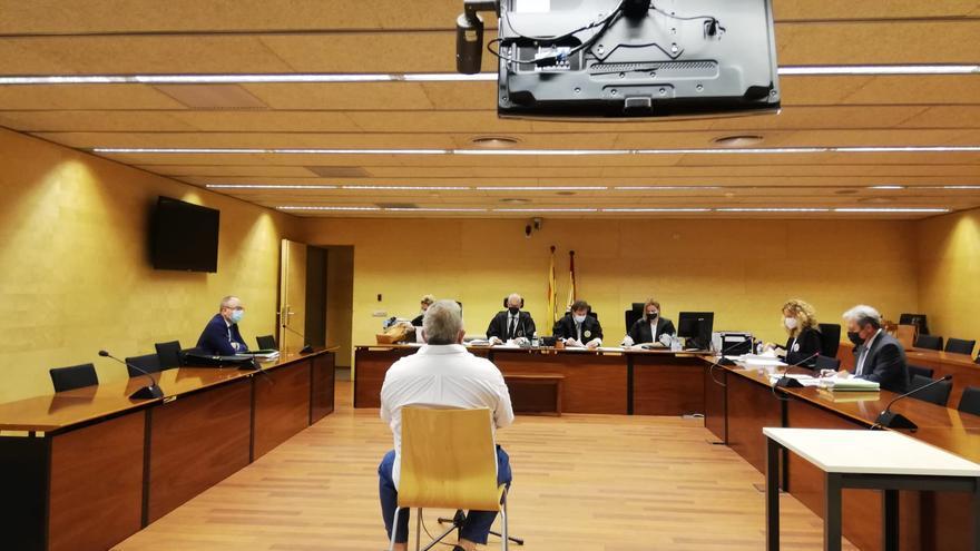 Condemna mínima per embutxacar-se més de 500.000 euros d'una immobiliària fa 20 anys