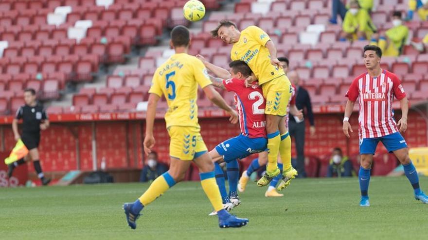 Sporting de Gijón - UD Las Palmas: Djuka fustiga a la UD y amarga el centenario de Mel (1-0)
