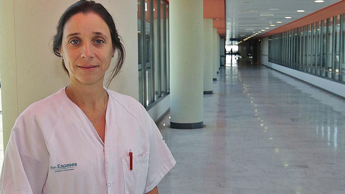 Luisa Martín, presidenta de la comisión de  infecciosas del hospital  de Son Espases.