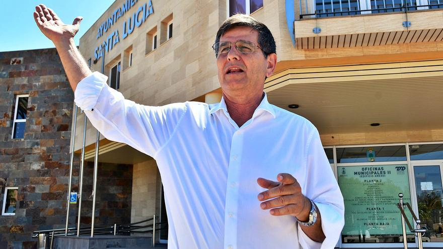 """Santiago Rodríguez: """"Confío en que las obras públicas y privadas alivien el auge del paro"""""""