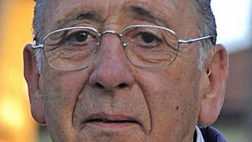 La familia del exalcalde Cachafeiro recibe 62.500 euros por su muerte en el HUCA