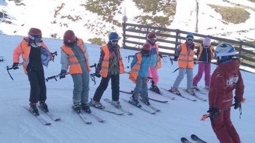 Jornadas de nieve del colegio concertado de Noreña