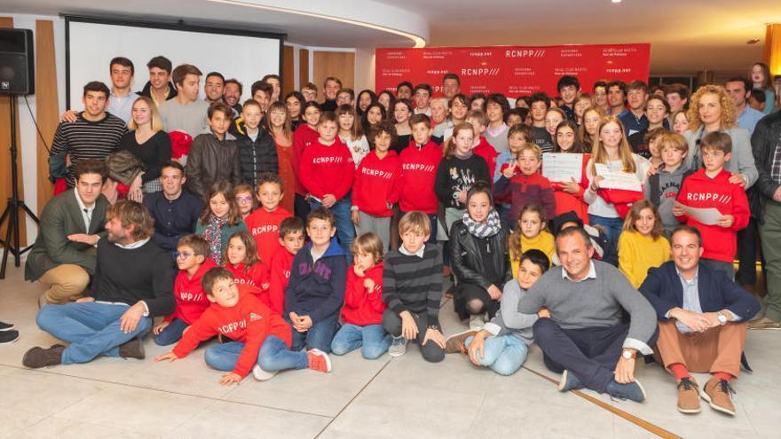 El Real Club Nàutic Port de Pollença premia a sus jóvenes deportistas