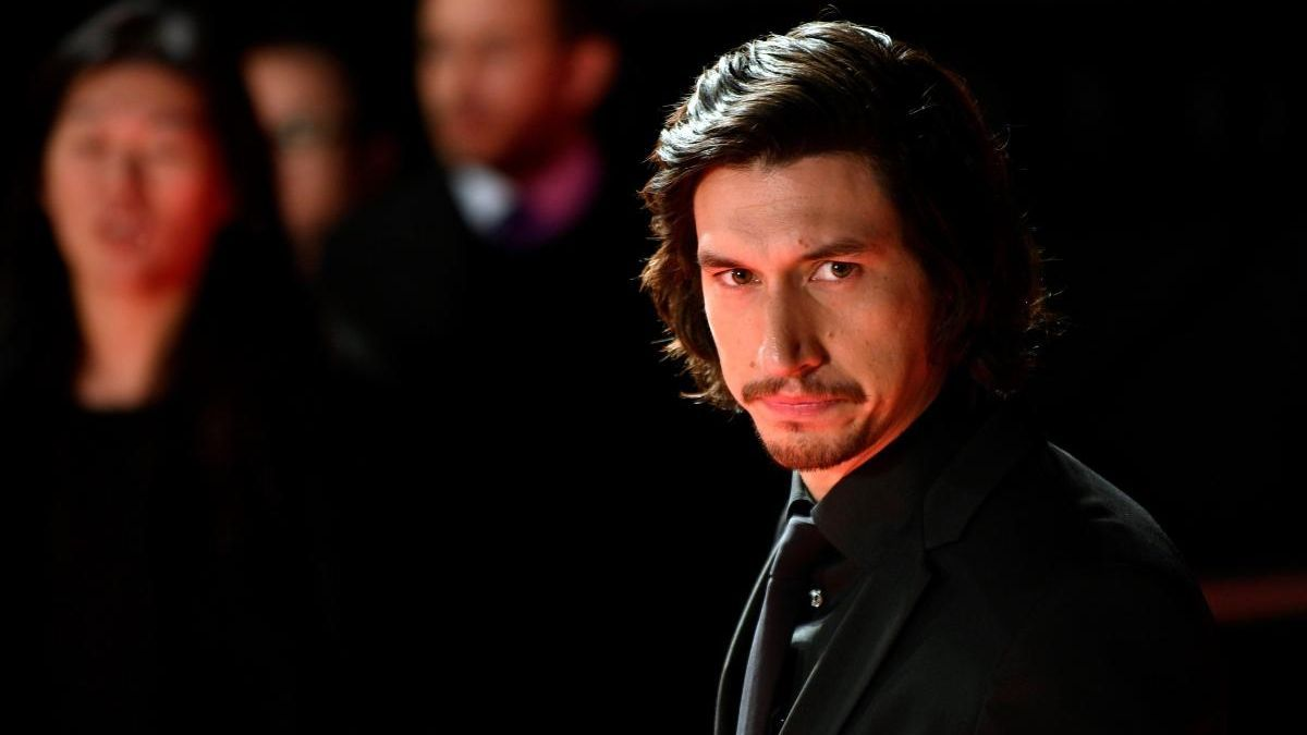 El actor, Adam Driver.