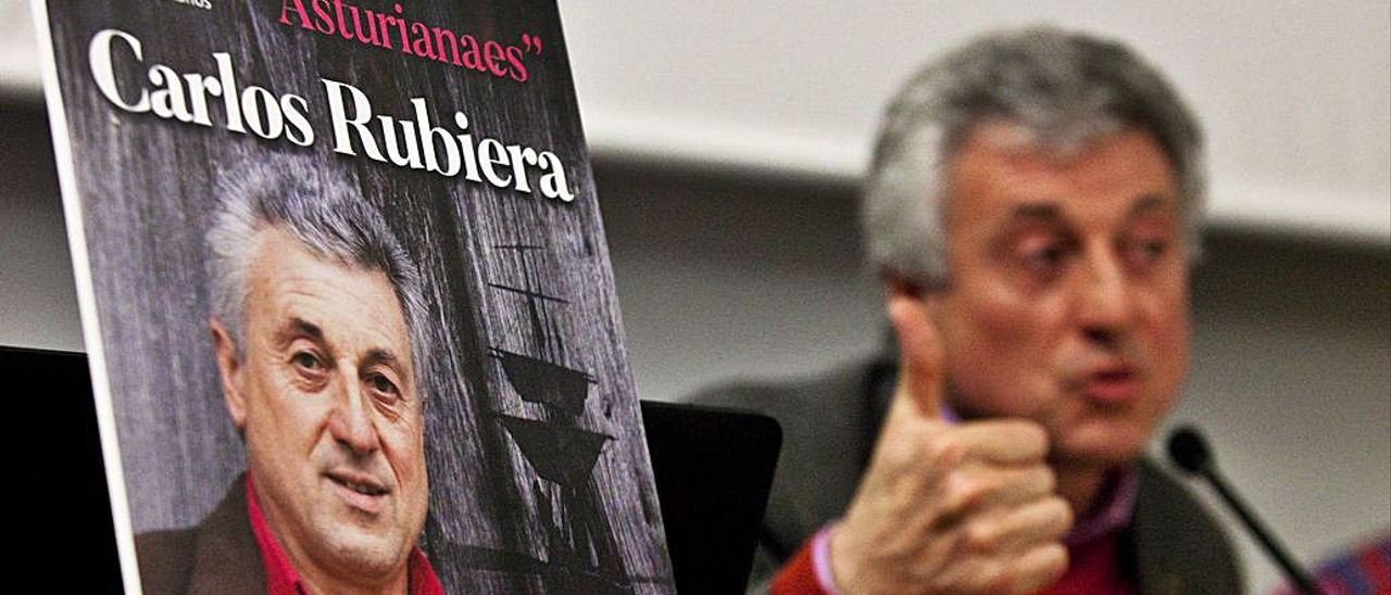 Carlos Rubiera, presentando un disco. | Juan Plaza