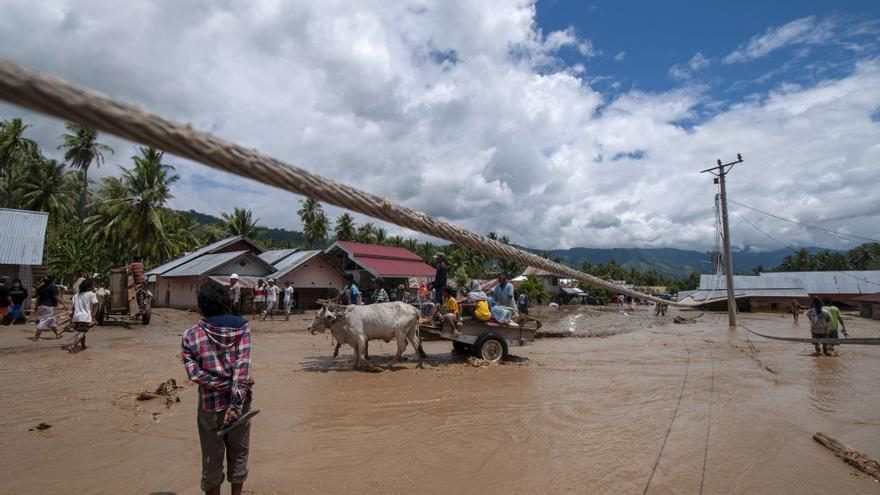 Las inundaciones en Indonesia dejan al menos cuatro fallecidos