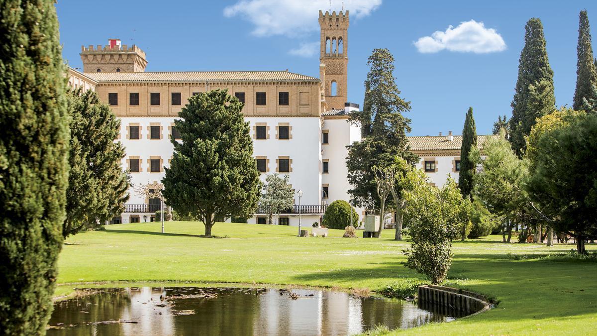 Instalaciones del Campus Ibercaja en el antiguo Monasterio de Cogullada de Zaragoza.