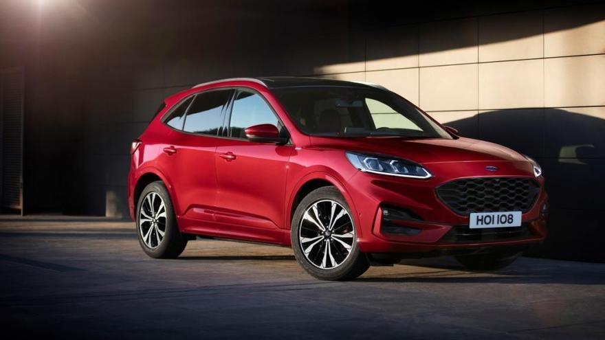 Ford Almussafes fabricará 900 Kuga al mes en 2020 con los planes de empleo en el aire