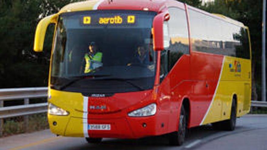 Wenig Betrieb am ersten Tag des Airportbusses an die Ostküste