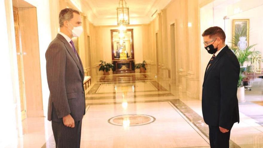 Los gestores administrativos informan a Felipe VI de su plan de ayudas a los afectados por la pandemia