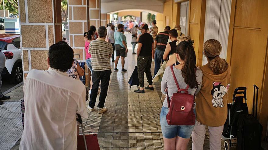 Santa Cruz de Tenerife concede 60.600 ayudas sociales, la mayor cifra de su historia