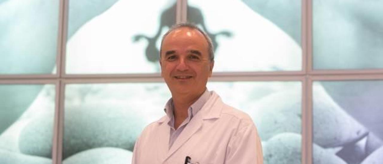 Enrique Artiaga: «Es lógico pensar que el aumento de la miopía está vinculado al uso de ordenadores, tablets y móviles»