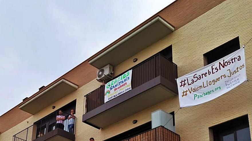 Veïns d'un bloc de pisos de Sant Fruitós denuncien pujades del 70% del lloguer