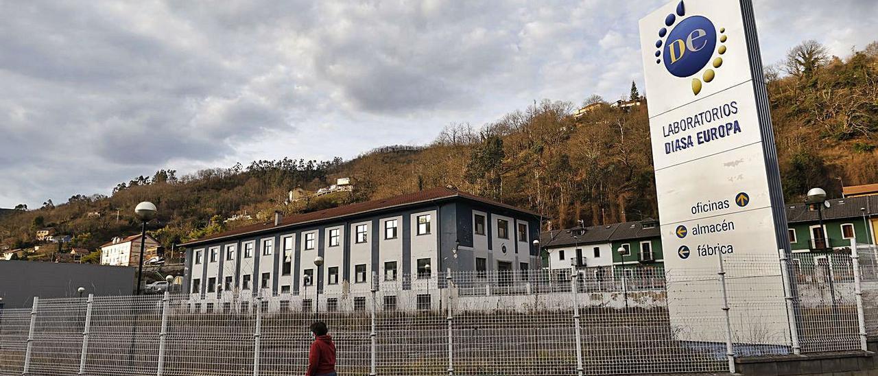 Las instalaciones de Diasa Pharma, en el polígono de La Cuadriella. | Luisma Murias