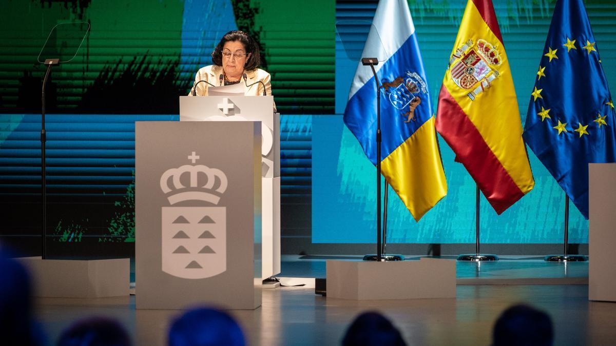 La catedrática de Historia de la Música de la Universidad de La Laguna y Premio Canarias Patrimonio Histórico, Rosario Álvarez, representó anoche a todos los galardonados.