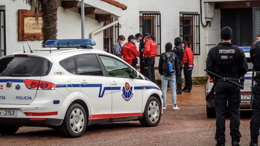 Los asistentes a una fiesta en un convento vizcaíno se enfrentan a 5 sanciones