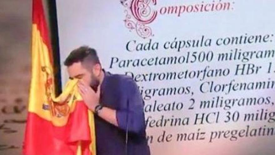 Dani Mateo es moca amb la bandera espanyola, encén les xarxes i perd un contracte publicitari