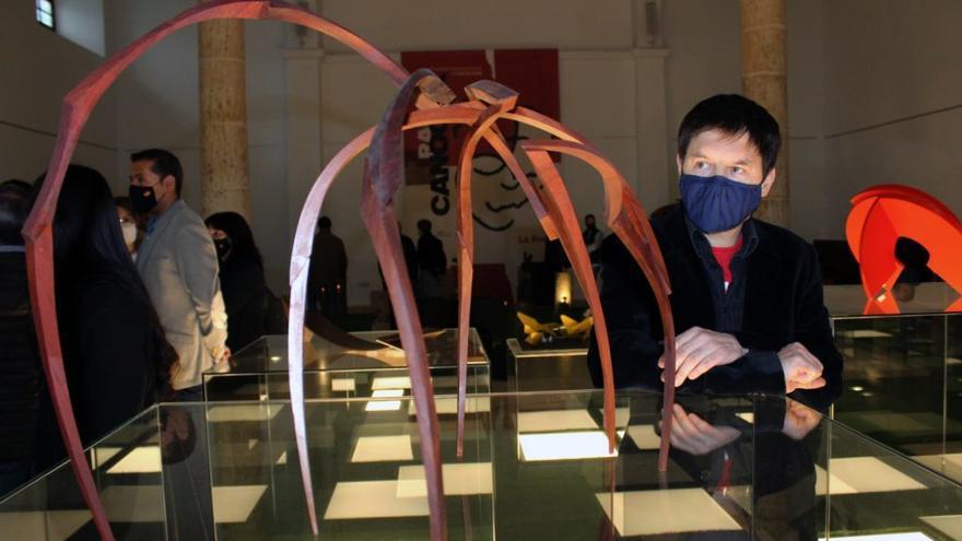 El escultor de Elche Ramón Urban gana el premio Rafael Canogar
