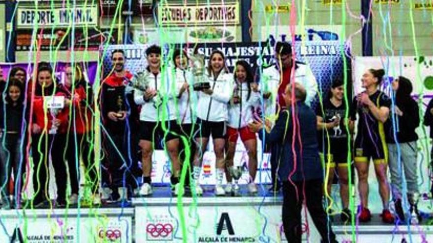 La Escuela Tinerfeña de Halterofilia tratará de subir al podio por partida doble en la cita de La Coruña