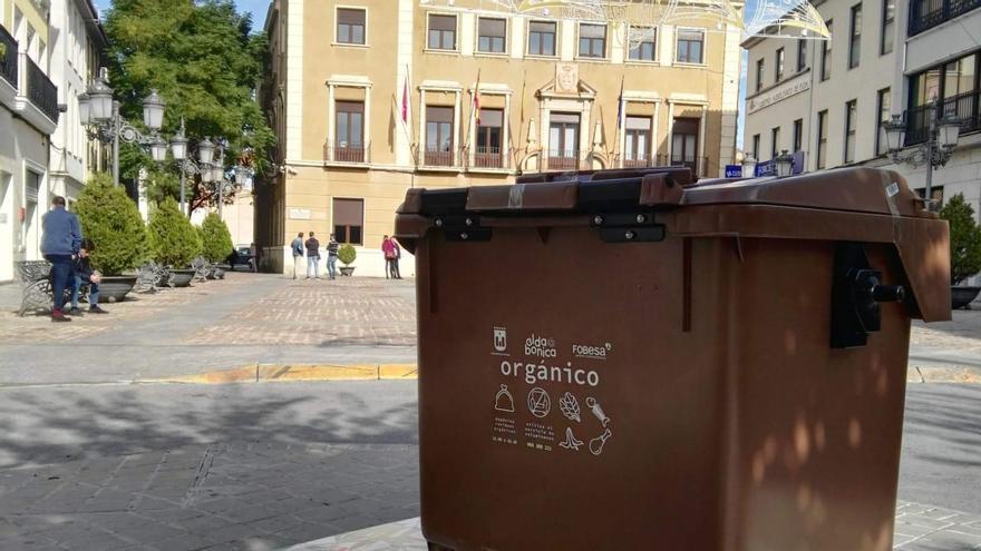 ¿Para qué sirve el contenedor marrón de Elda y qué residuos se depositan en él?