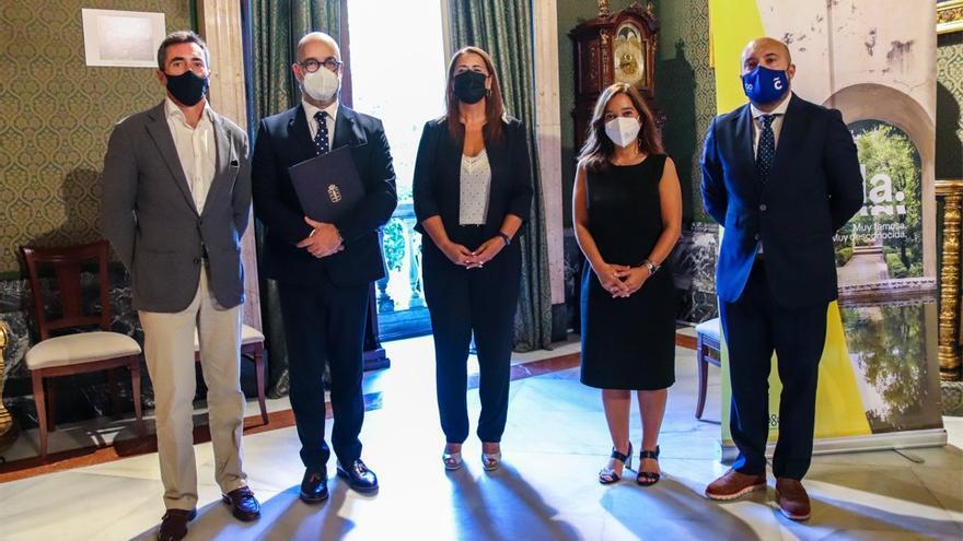 A Coruña y Sevilla firman un acuerdo para impulsar proyectos en vivienda, turismo y educación