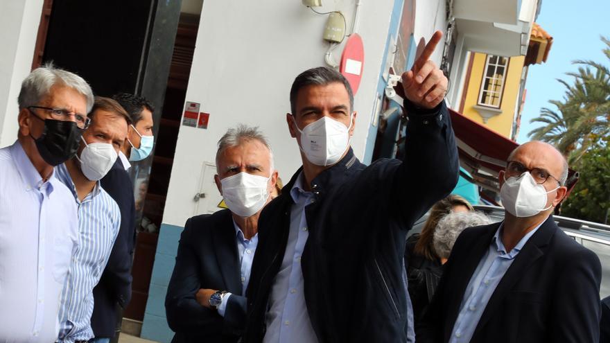 Sánchez pide unidad política ante la destrucción provocada por el volcán