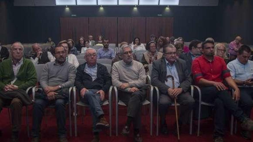 """Cayo Lara: """"Es necesario blindar las pensiones públicas en España"""""""