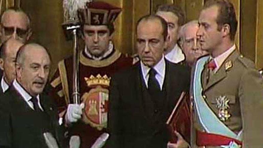 ¿Cómo llega a reinar Don Juan Carlos?