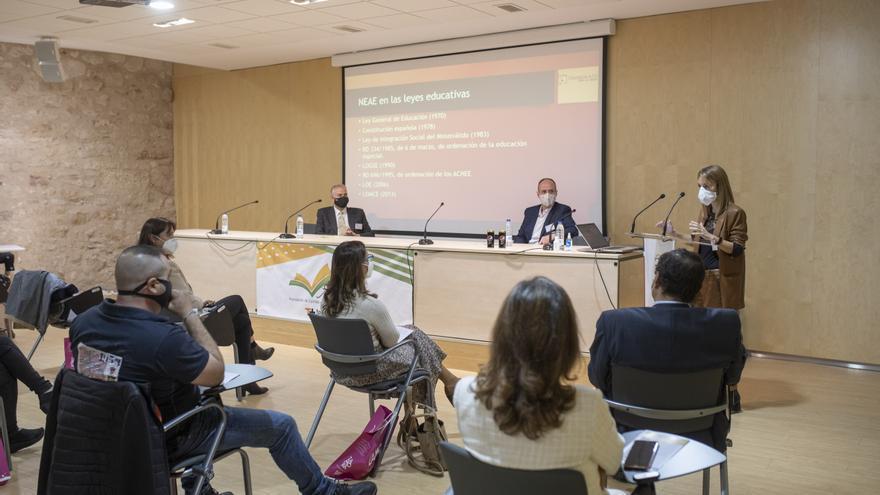 Las academias de enseñanza reivindican su reconocimiento social en su congreso en Zamora