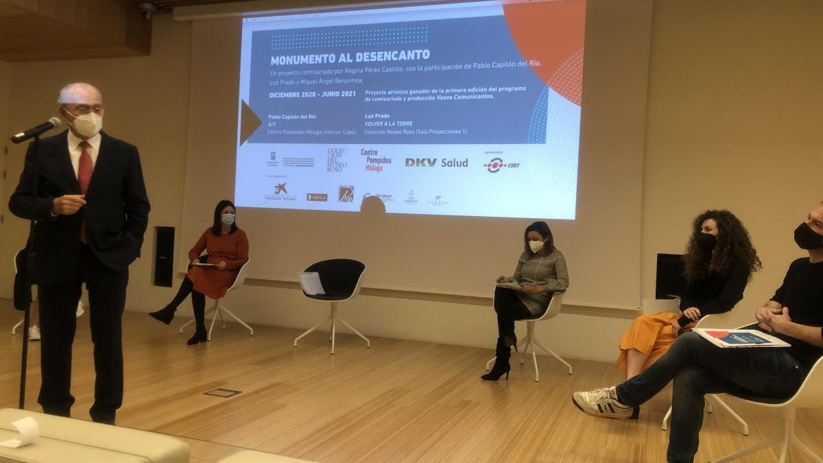 Presentación de 'Monumento al Desencanto' en el Centre Pompidou Málaga.