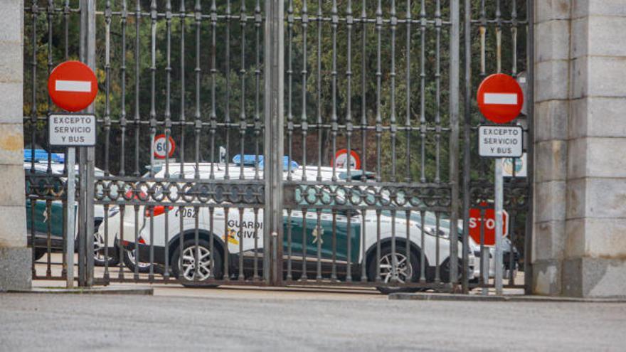 Expectación y alta seguridad en el Valle de los Caídos para exhumar a Franco