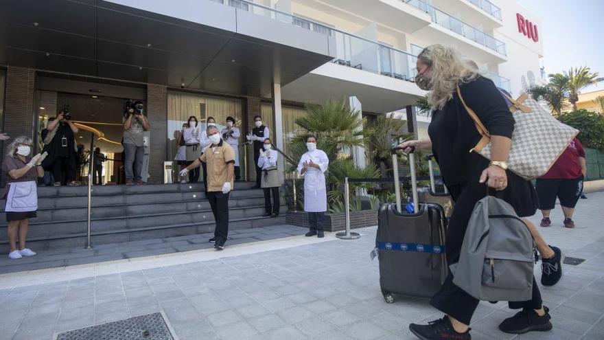 Los primeros turistas postcoronavirus ya disfrutan de Mallorca