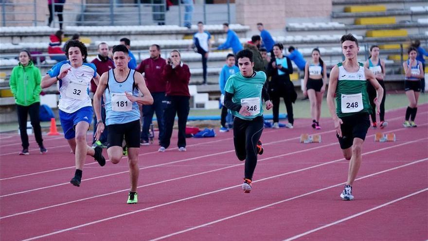 La Federación Andaluza de atletismo suspende todas sus competiciones de este mes