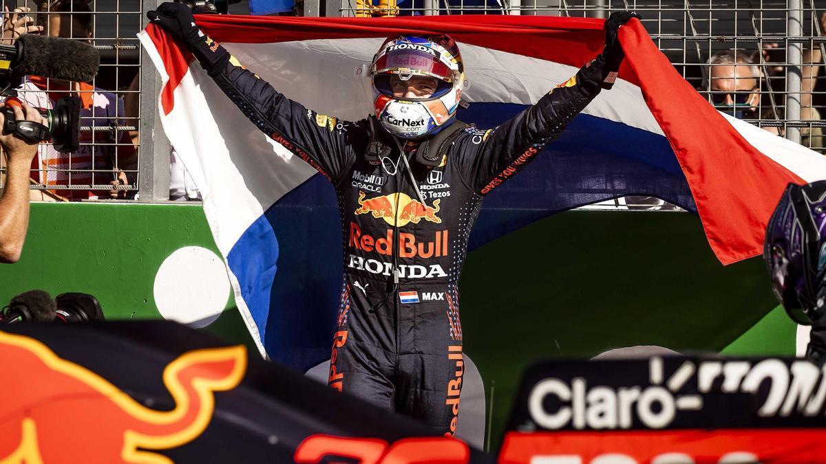 Verstappen gana el Gran Premio de Países Bajos.