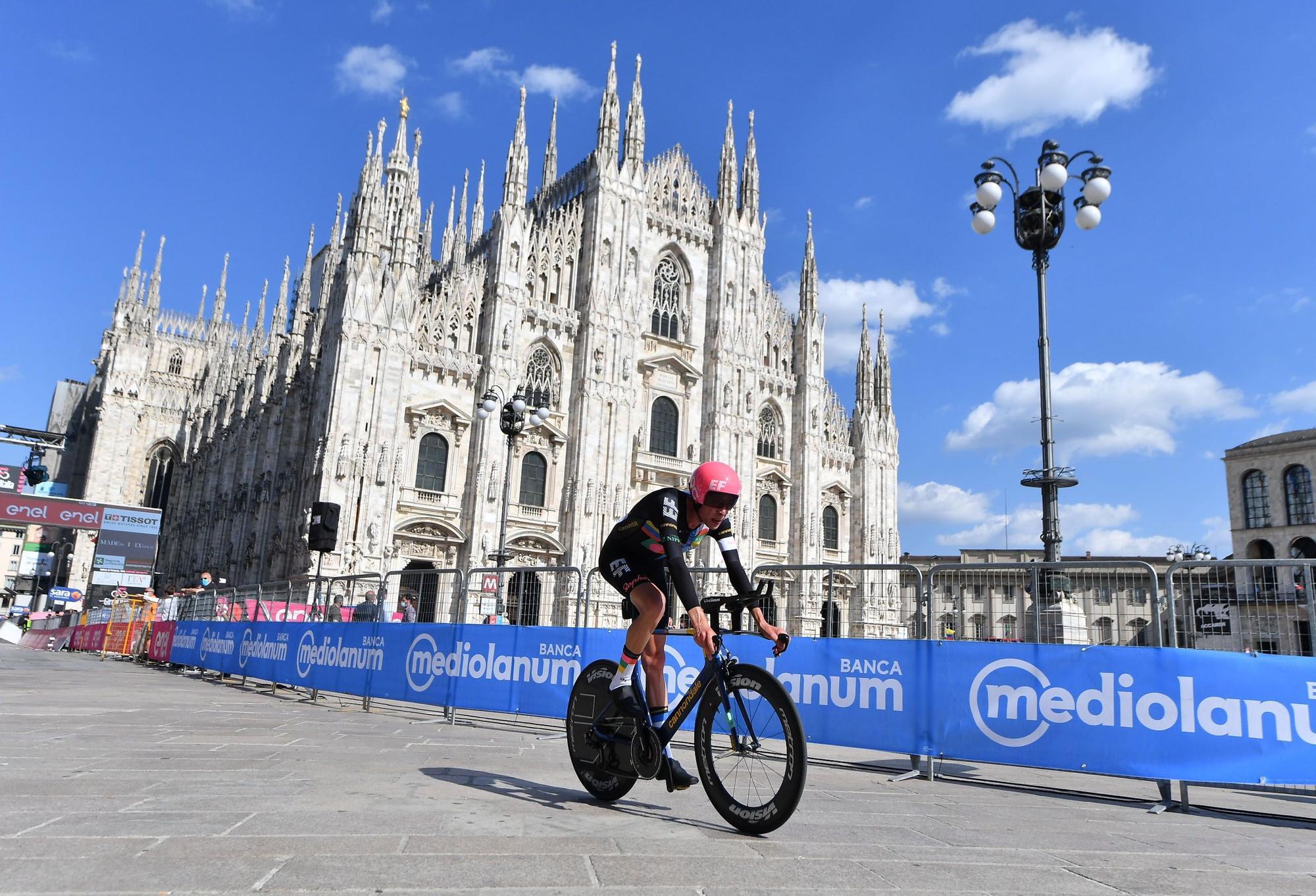 Giro d' Italia (113052156).jpg