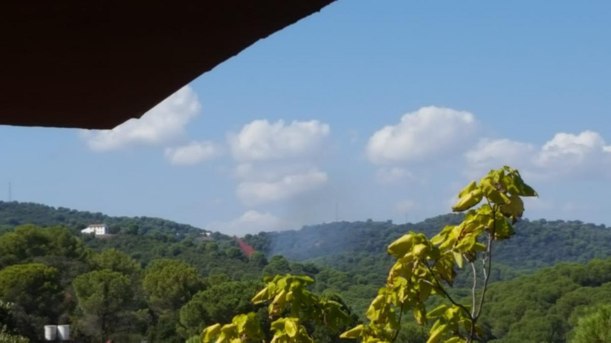 Controlado el incendio en la zona de Santa María de Trassierra