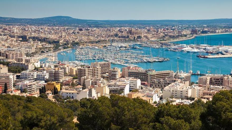"""El PP carga contra la expropiación """"chavista"""" de pisos de grandes tenedores en Baleares"""