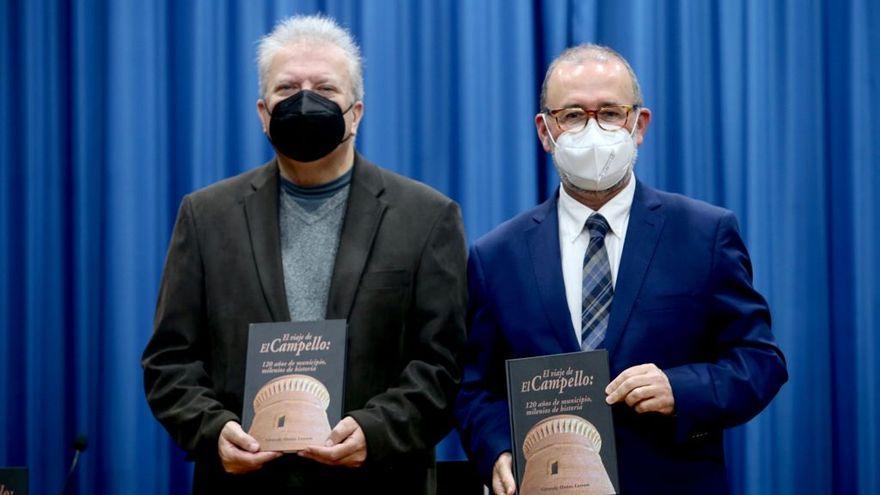 Gerardo Muñoz presenta el primer libro de recopila toda la historia de El Campello
