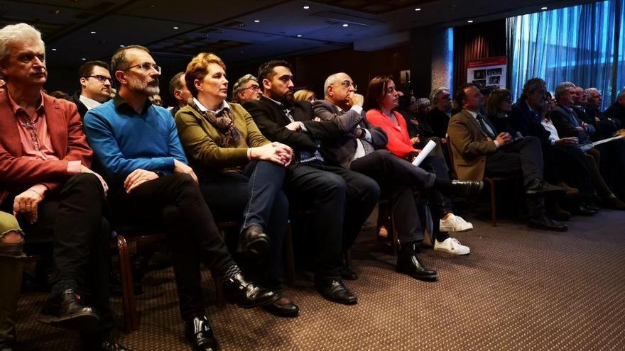 El PSC gironí tanca amb un documental els 40 anys d'ajuntaments democràtics