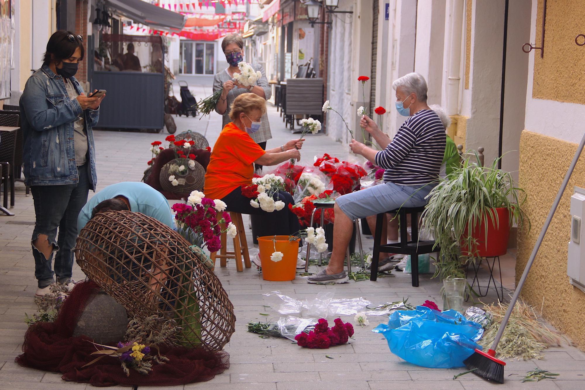 Catifes i mostres florals, gastronomia, còctels i decoracions fan florir Roses