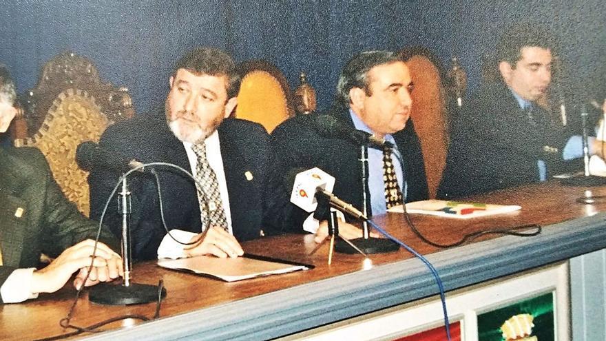 El exalcalde del PP de Calp y dos exediles, a juicio por los sobornos de la basura