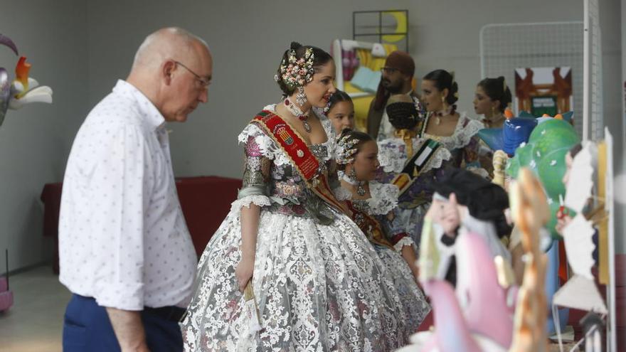 Sant Vicent inaugura la X exposición del ninot por sus fiestas de Hogueras