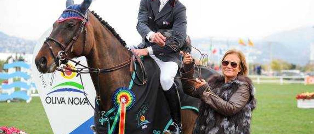El holandés Van Asten pone el broche de oro al segundo tour Mediterranean Equestrian de Oliva