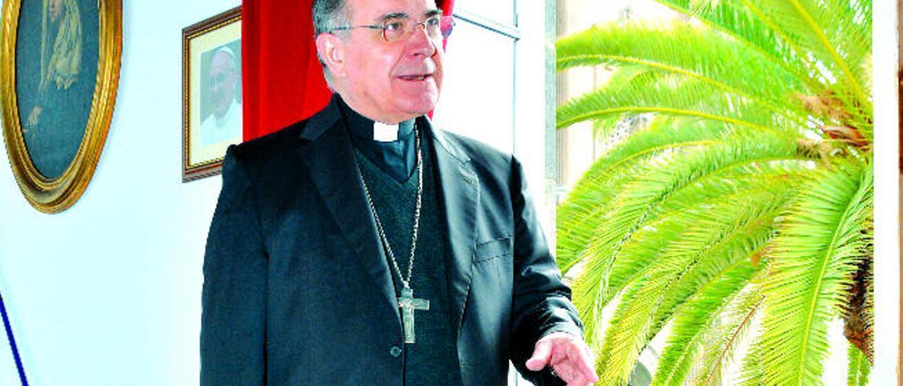 El obispo Francisco Cases Andreu.