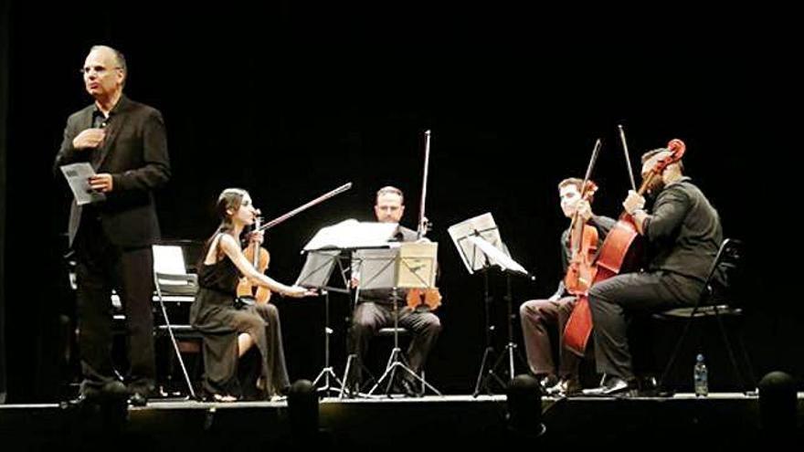 El Cuarteto Euroamericano rememora a los Beatles en el Latorre