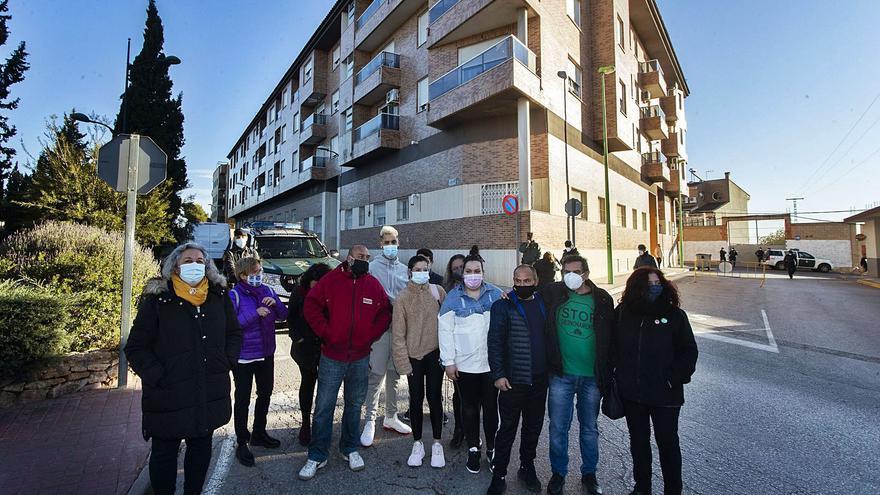 La Generalitat es planteja comprar l'edifici de les 38 famílies desnonades