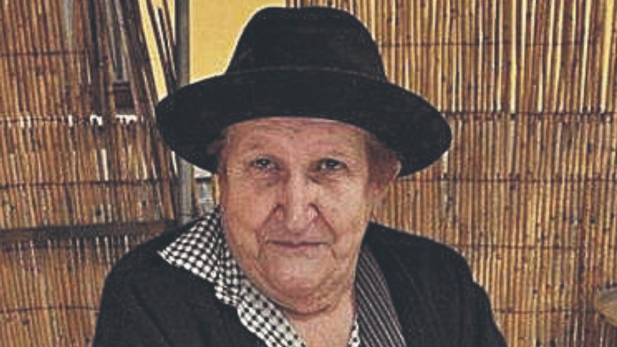 'Dominguita Pérez' , Almendra de Plata de Valsequillo