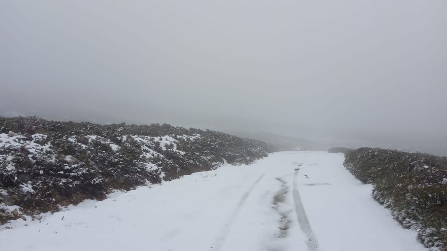 Nieva en mayo en la sierra de Porto de Sanabria