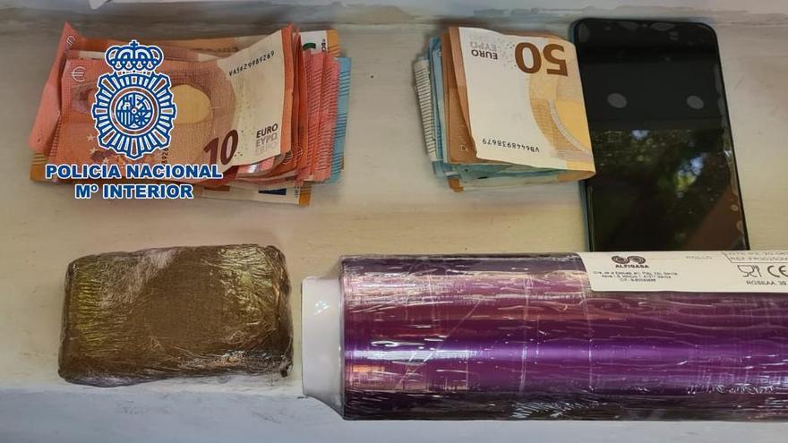 Seis detenidos en un mes en tres operaciones contra el menudeo de droga en Córdoba
